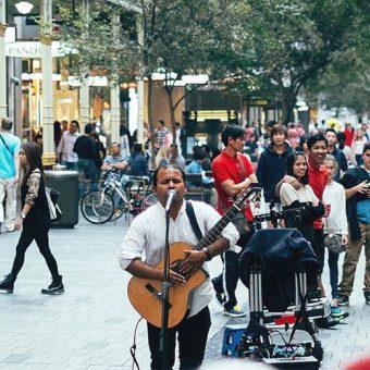 งานดนตรีส่งผลดีต่อสังคมและวัฒนธรรมไทยอย่างไร